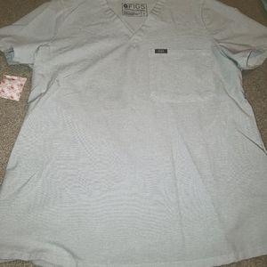 Sold on ebayFigs Medium Space Grey Catrina Top Euc